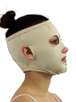 mascara-persona-cabello-descubierto-1