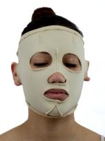 mascara-persona-cabello-descubierto-2